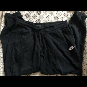 Women's size Large Nike Fleece pants